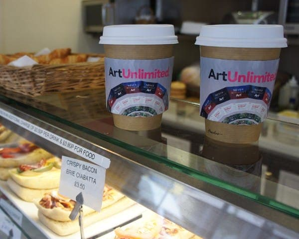 art fund coffee sleeve coffee cup advertising media (3)