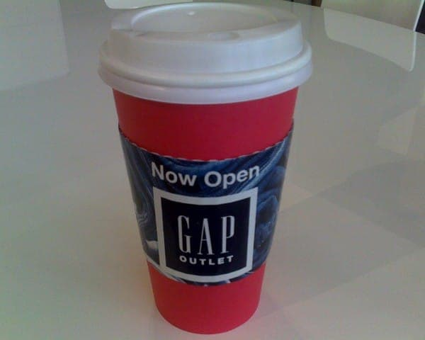 gap coffee sleeve coffee cup advertising media (1)