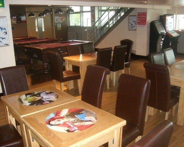 pro plus tablewrap table advertising media university network (3)