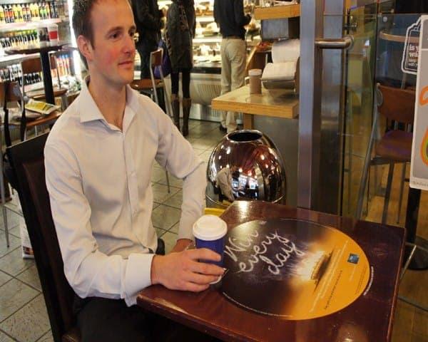 visa tablewrap table advertising media coffee culture network (2)
