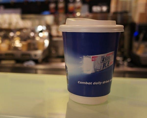 wrigley coffee sleeve coffee cup advertising media (1)