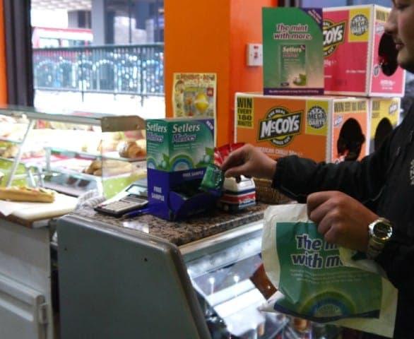 setlers mintees sandwich product sampling bag advertising bag media sandwich bars coffee culture network