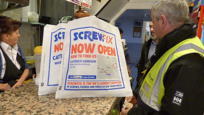 a41c044b2d6 Screwfix Target Tradesmen in Cafes - Tabletalk Media